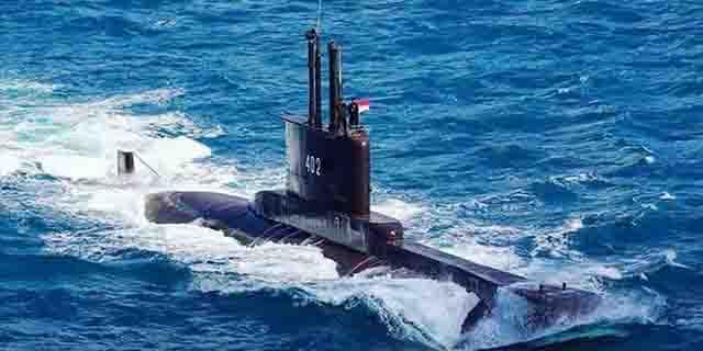 sedang-melaksanakan-latihan-kapal-kri-nanggala-402-hilang